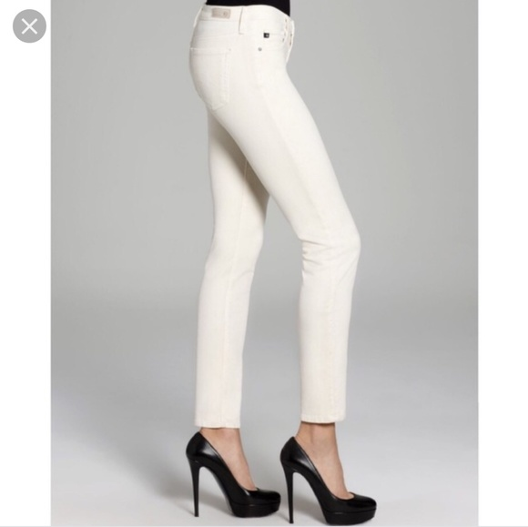 Ag Adriano Goldschmied Denim - AG The Stilt Cigarette Leg Corduroy in Ivory 28R